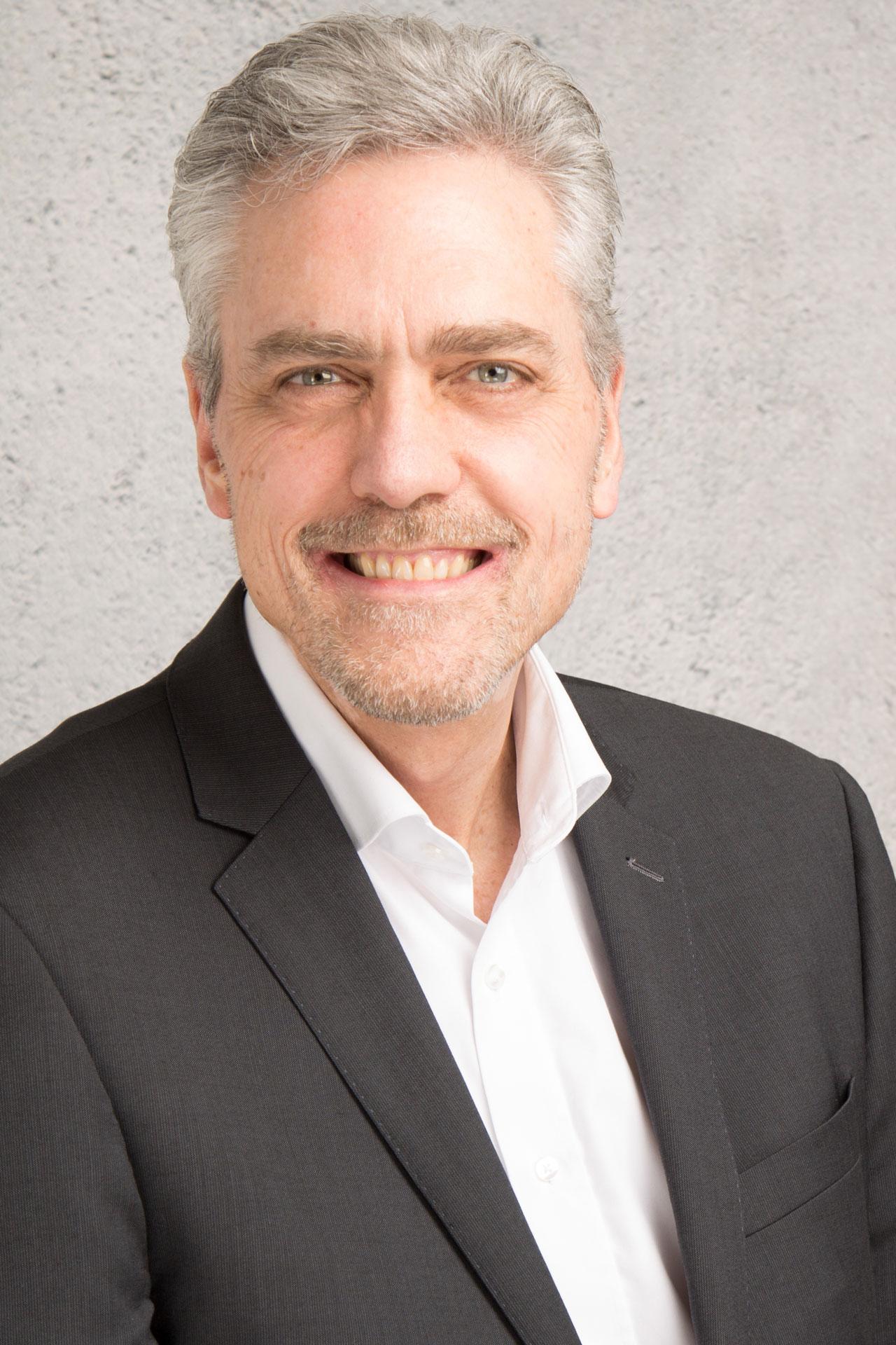Portrait Frank Schneider CEO der GENKI VITAL Management AG